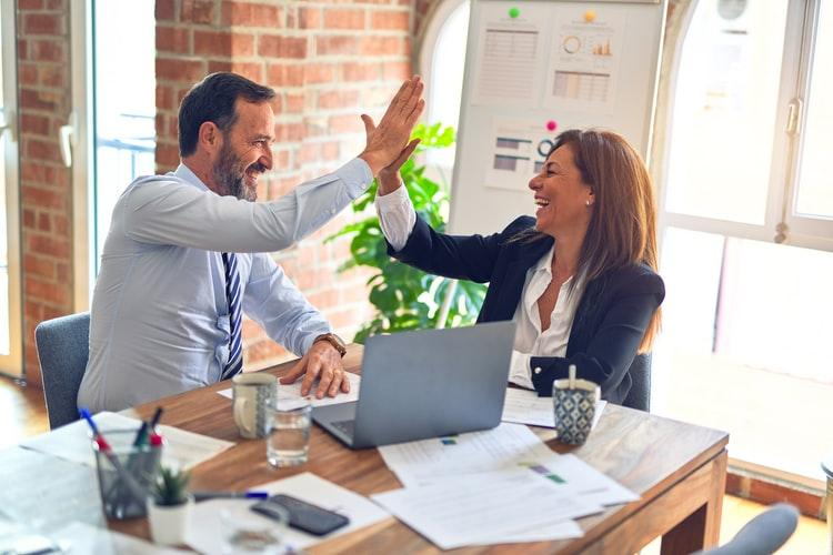 Trabalhar em equipe é um desafio para você? Confira 5 dicas especiais para melhorar seu desempenho!